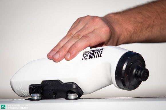 073260a9fd4910 Haibike hat gemeinsam mit Fidlock eine Trinkflasche mit Magnet-Halterung  entwickelt.